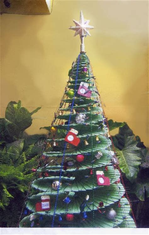 mundanacity weird and wacky christmas trees