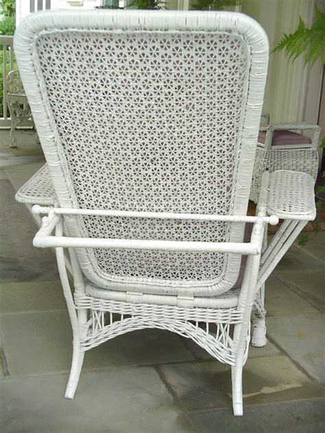 white wicker chair and ottoman white wicker reclining lawn chair and ottoman at 1stdibs