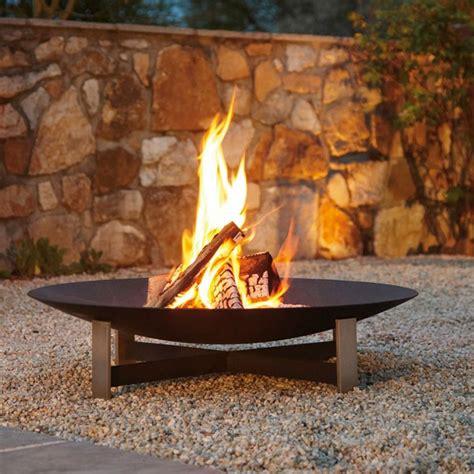 Small Outdoor Fireplace - brasero sunset jardinchic