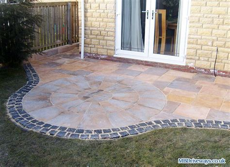 paver patio edging options 17 best images about edging on raised beds