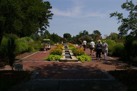 Norfolk Va Botanical Gardens File Norfolkbotanicalgardenperennial Jpg