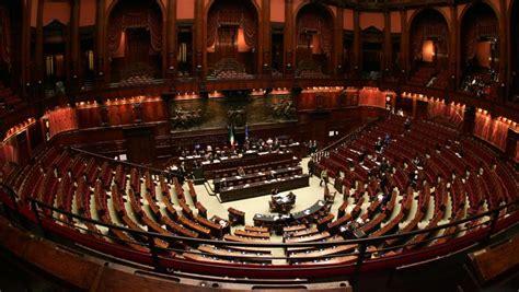 dei deputati italia la classifica delle presenze dei parlamentari la sta