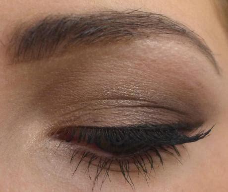 Eyeshadow Komplit dezentes einfaches braunes smokey eye
