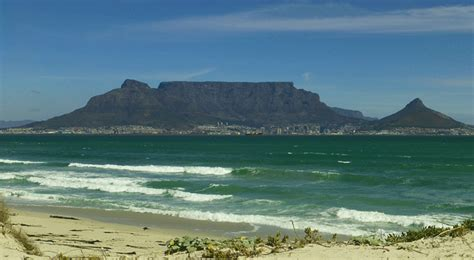 table top mountain south africa top 10 must dos in cape town south africa goabroad com