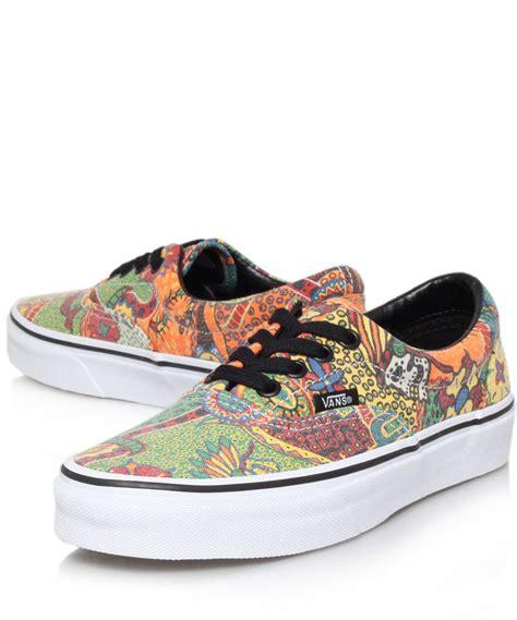 Sneaker Sepatu Vans Shoes Motif America Casual Mearah Putih Import 1 lyst vans multicolour paisley print era trainers