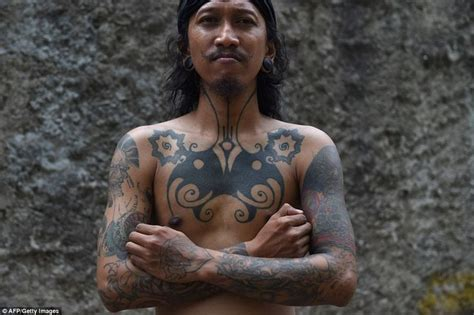 tapping tattoo bali 115 best indonesian tattoos images on pinterest