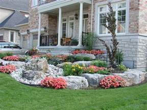 Backyard Slopes Toward House 100 Landscaping Ideas For Front Yards And Backyards