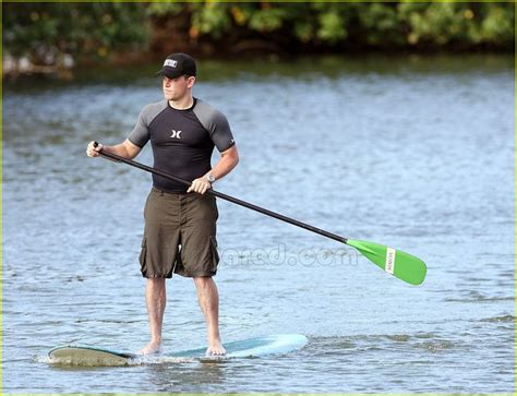 Garner Paddles A Surfboard by 21 Best Everybody S Doin It Images On