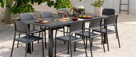 tavoli da giardino allungabili in plastica tavolo da giardino allungabile in plastica levante