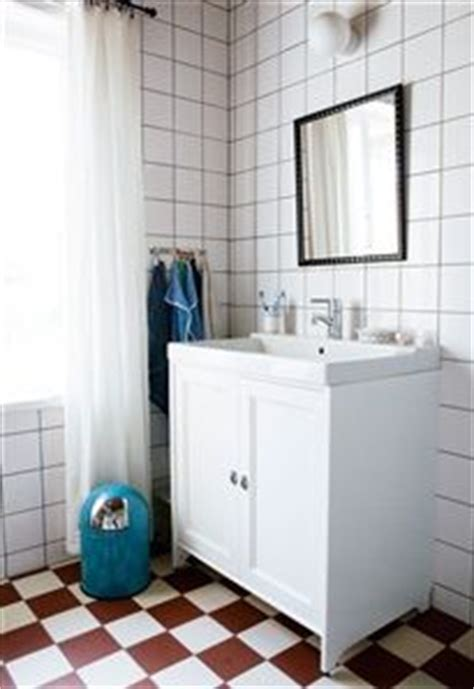 checkerboard bathroom floor 22 best images about checkerboard floors on pinterest the floor green cabinets and