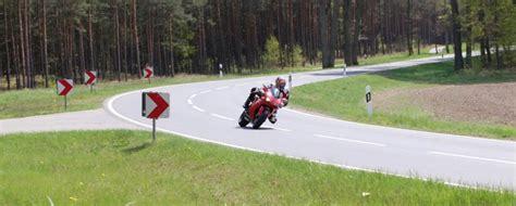 Motorrad Kurventraining Hamburg by Motorradkauf Von Privat Oder Vom H 228 Ndler