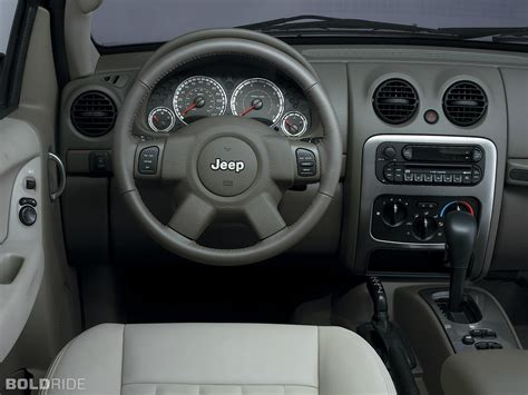 jeep liberty limited interior image gallery 2005 jeep interior