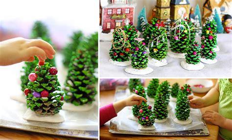 creare candele colorate 30 decorazioni natalizie ottenute dal riciclo delle pigne