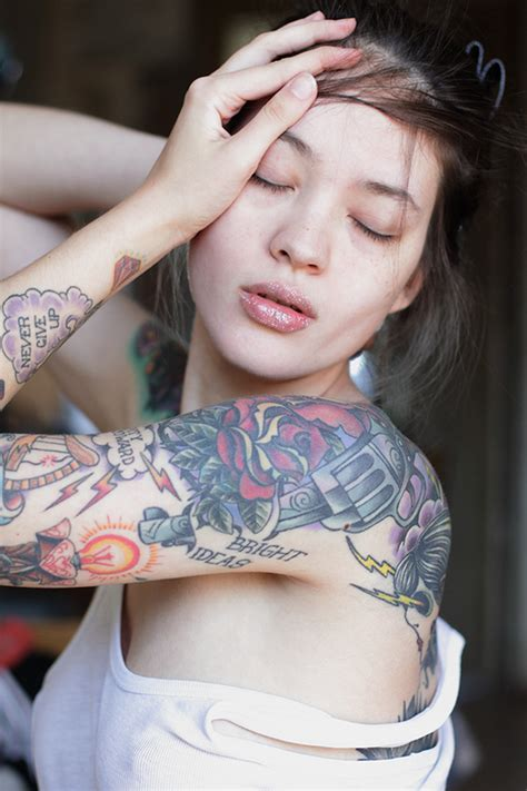 a guide about women tattoo