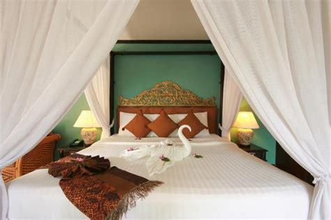 Modern Bedroom Designs And Bathroom Decorating Ideas In Arabic Bedroom Design