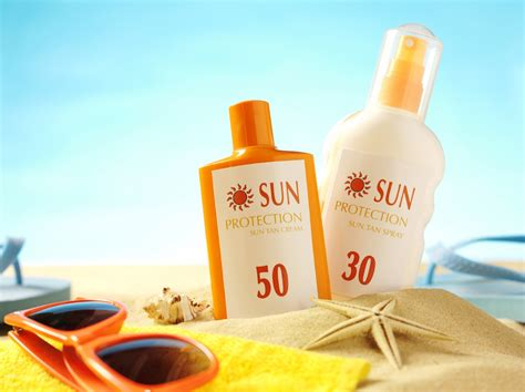 Sun Care avoid sunblock containing these toxic chemicals