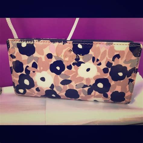 Wallet Gucci 5217 Semprem 42 kate spade handbags kate spade floral stacey snap wallet from s closet on poshmark