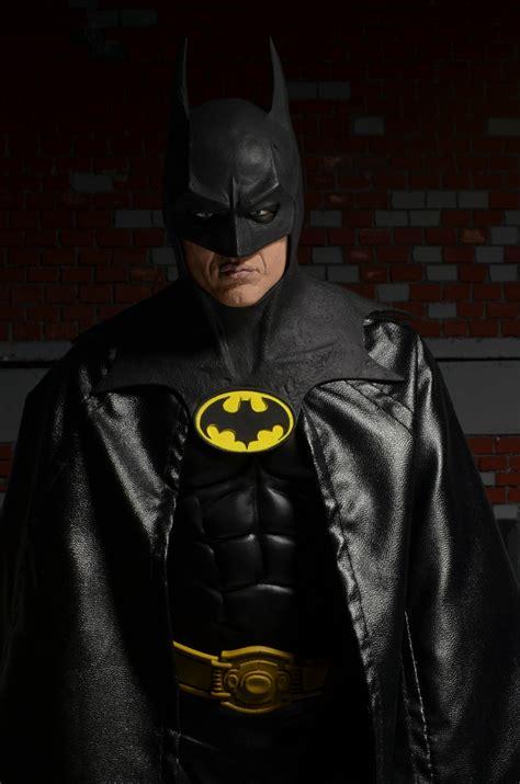 Wholesale Giftware And Home Decor Batman 1 4th Scale Michael Keaton Case 2