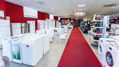 table de cuisine but magasin magasin 224 pierrelatte partenaires des cuisines