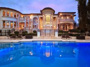 Backyards Of America Tricked Out Mansions Showcasing Luxury Houses Fabulous