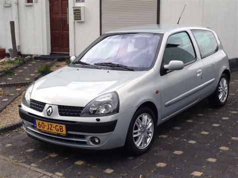 renault clio 2002 renault clio 1 6 16v initiale 2002 autoweek nl