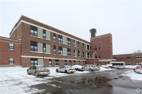 abraham lincoln apartments rentals rochester ny