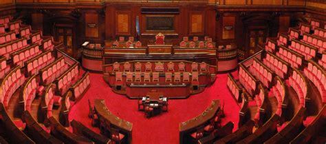 lo in parlamento lo stipendio parlamentare cos 232 e come funziona