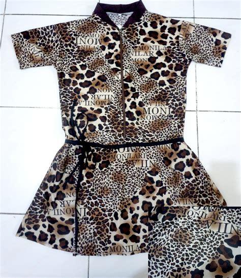 Baju Renang Wanita Rok Motif Ul014 model baju renang muslimah motif leopard baju renang