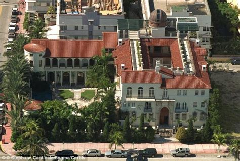 casa versace miami miami s versace mansion sells for 41 5 million at auction