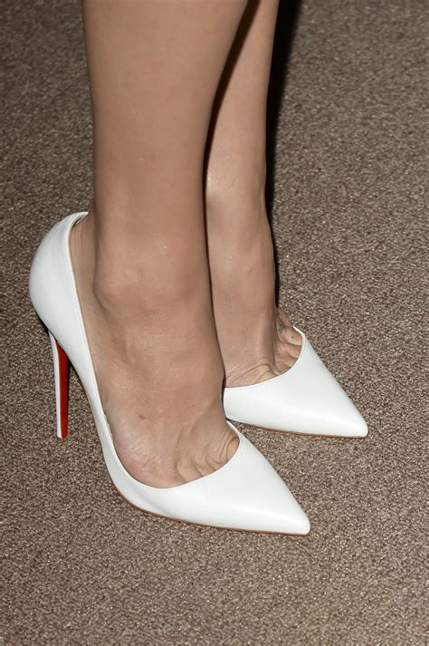 c with foot pump white patent louboutin so kate pumps on the feet of kate