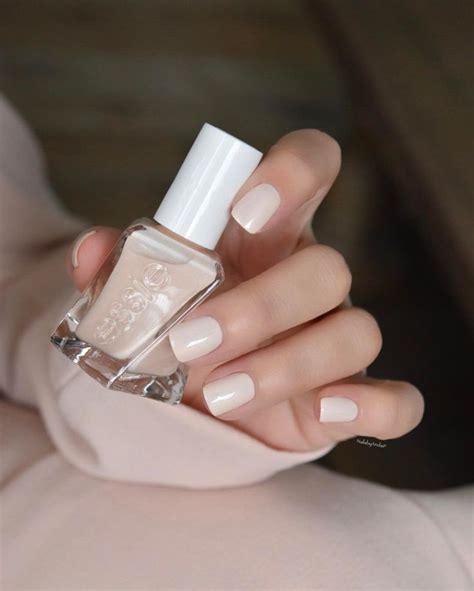 Best 25  Ivory nails ideas on Pinterest   Wedding nails