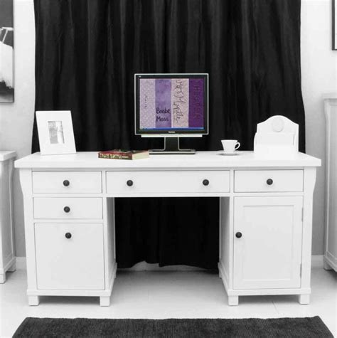 This Exceptional Computer Desk Is Part Of The Refreshing Country Style Computer Desk