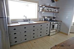 Diy Kitchen Furniture White Farmhouse Style Kitchen Island For Alaska Lake Cabin Diy Projects