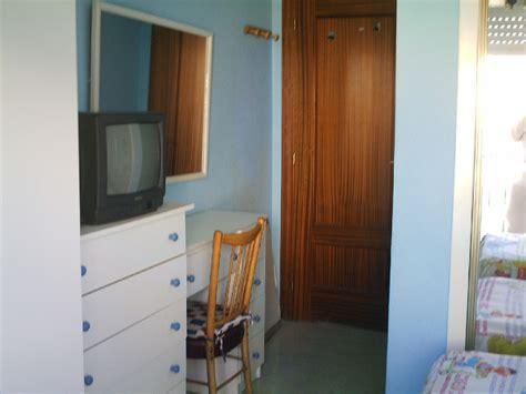 alquilo habitacion en malaga alquilo bonita habitaci 243 n en benalm 225 dena m 225 laga