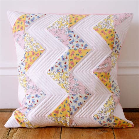 Patchwork Pillow Patterns - messyjesse a quilt by fincham chevron
