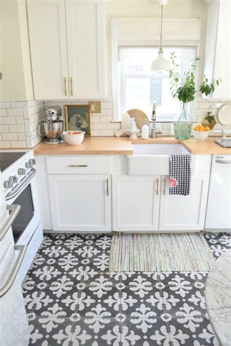 kitchen floor ideas pinterest patterned tile trend