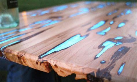 stunning wooden table  glow   dark