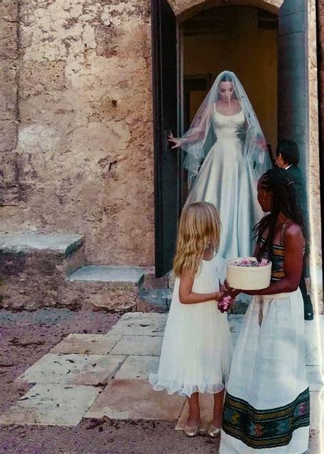 braut or brat angelina jolie wedding love braut hochzeitskleid