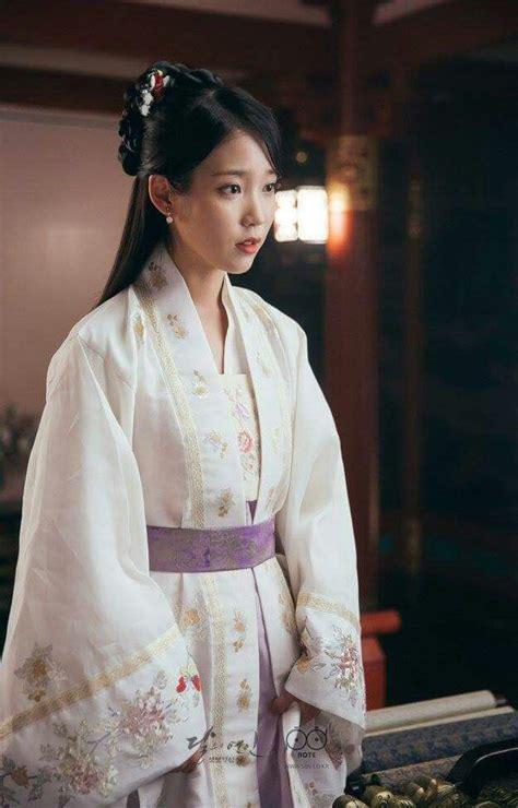 korean men s hairstyles ancient 1000 ideias sobre vestidos de casamento coreano no