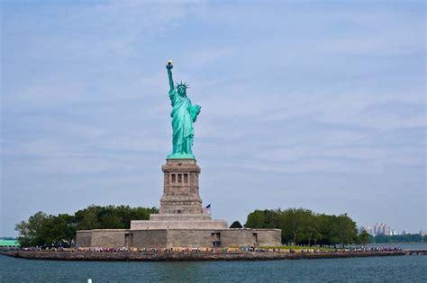 Manhattan College Mba Accredited by Manhattan Language New York Studyusa