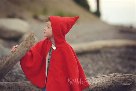 simple pattern for red riding hood cape little red riding hood cape pdf pattern felt