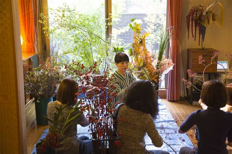 airbnb japan legal travel pr news immerse in local japanese communities