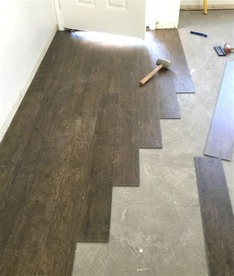 pattern for laying vinyl plank flooring vinyl plank flooring prep installation centsational girl