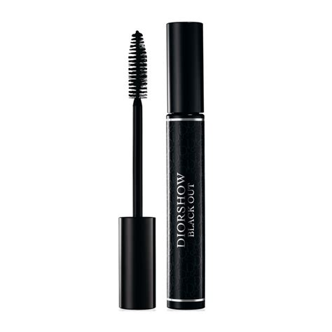 Diorshow Blackout Waterproof Mascara Expert Review by Best Smudge And Waterproof Mascara For Type Of Skin Tone
