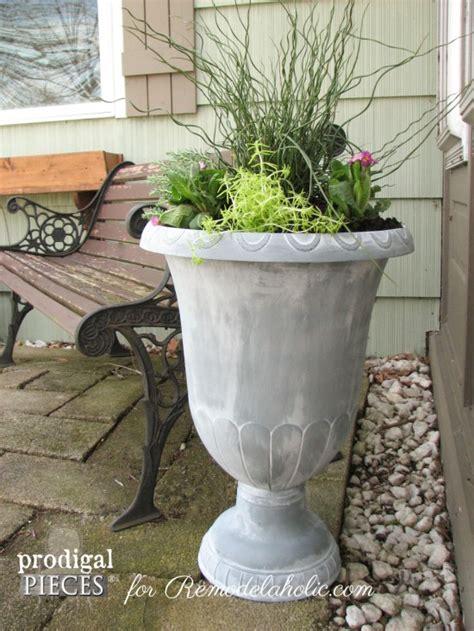 Diy Urn Planter by Remodelaholic Diy Faux Zinc Finish Tutorial