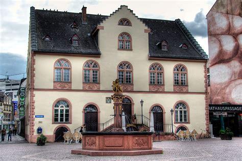 standesamt wiesbaden file wiesbaden altes rathaus jpg wikimedia commons