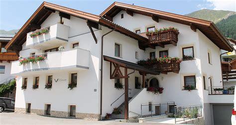 Appartement Fiss by Appartements Ferienwohnungen Und Zimmer Im Appartementhaus