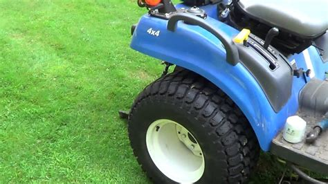holland wd compact tractor boomer series