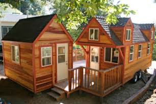 tinyhouseblog large homes selling but tiny homes attracting attention