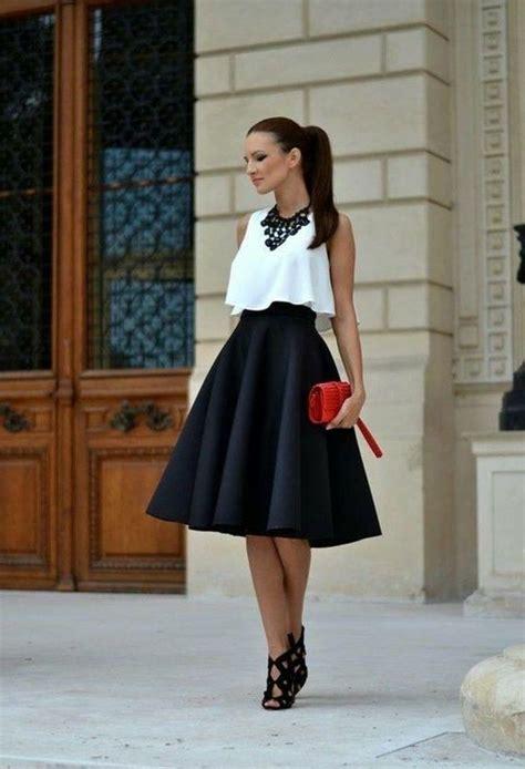 schicke kleider rote tasche schwarzer rock weisse bluse